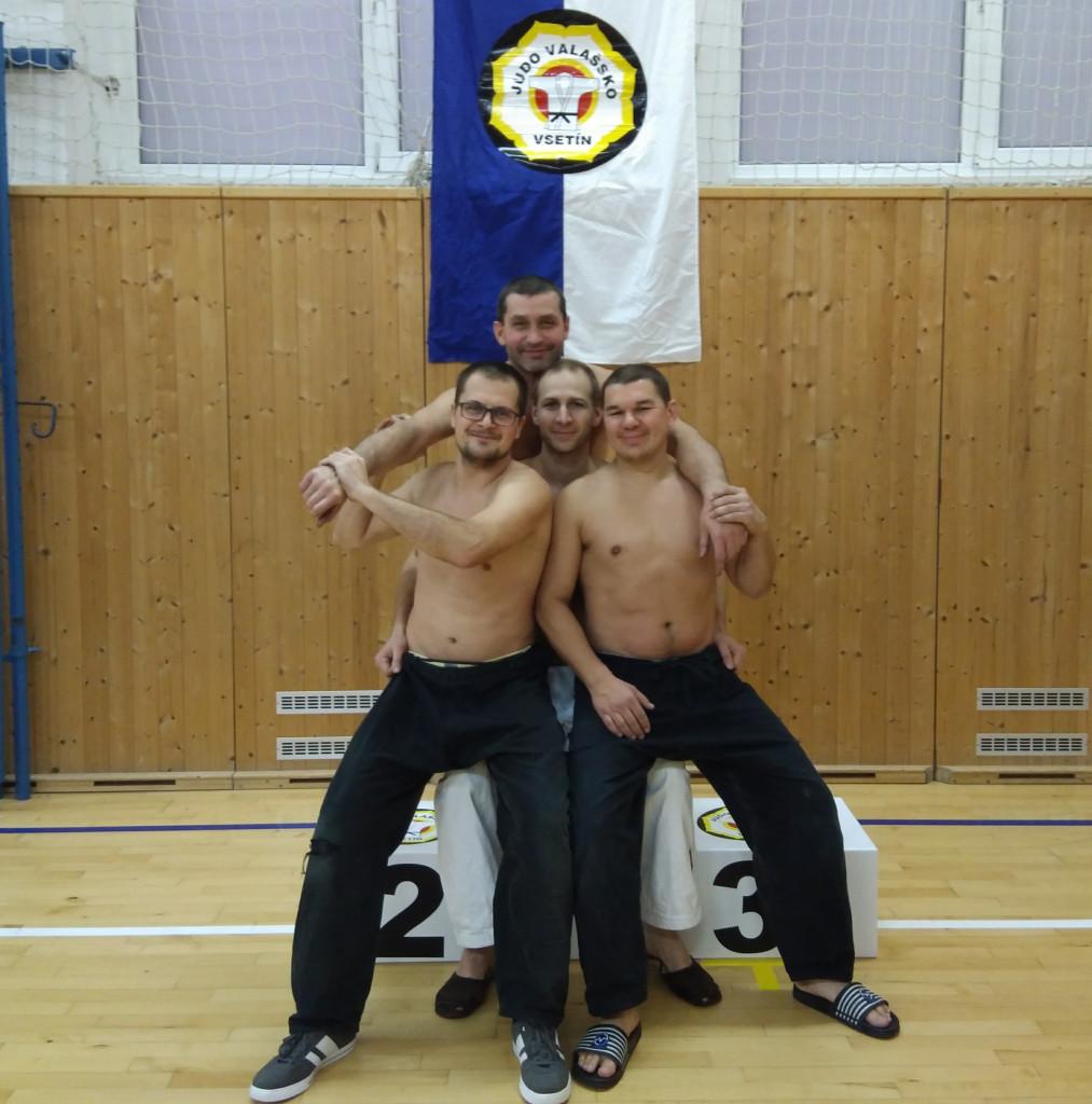 Trenéři